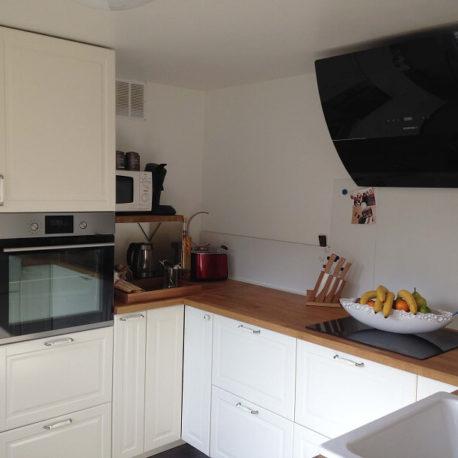 Cuisine aménagée et équipée – Maison refaite à neuf – Elbeuf – ST Immobilier Elbeuf