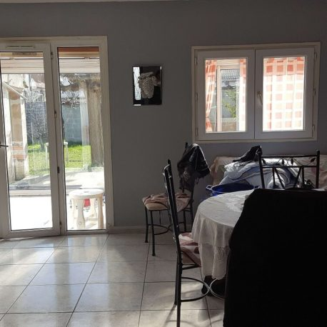 Salle de séjour et véranda – maison F6 – St Etienne du Rouvray – ST Immobilier Elbeuf