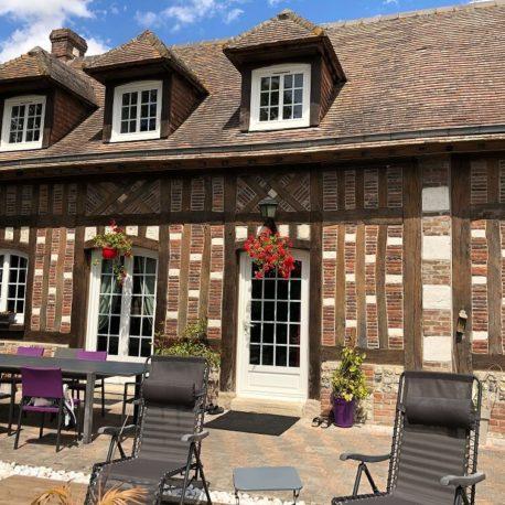 Façade avec terrasse – maison F7 – Sotteville sous le Val – ST Immobilier Elbeuf