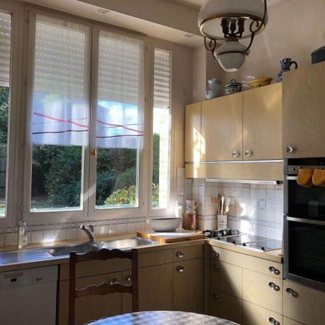 Cuisine aménagée et équipée – maison de maître – St Aubin les Elbeuf – ST Immobilier Elbeuf