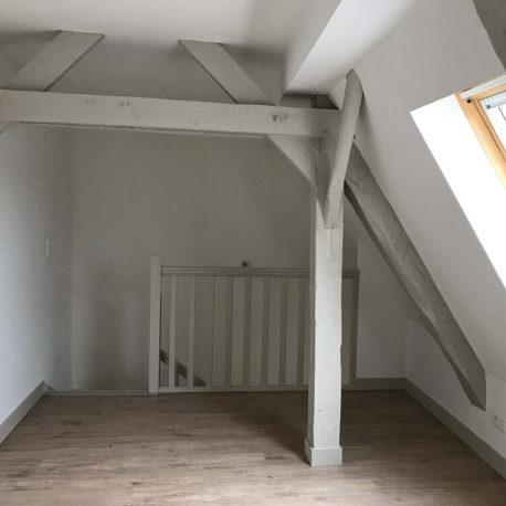 Chambre – appt F2 duplex 2 – Dieppe -Exclusivité – ST Immobilier Elbeuf