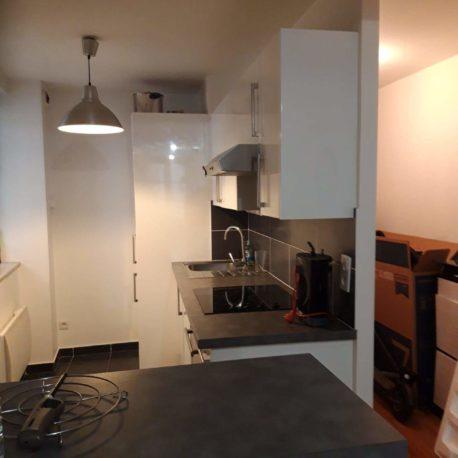 Vue salle de séjour-cuisine – appartement F2 – Dieppe – Exclusivité – ST Immobilier Elbeuf